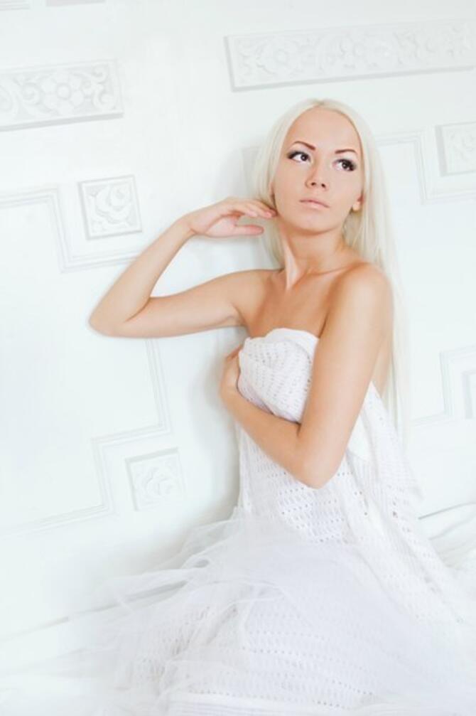 Дівчата / Жінки, Особисті Фото Роботи Студийные фотографии, Блондинки, Симпатичные девушки на белом фоне, Самые красивые ножки id861402483