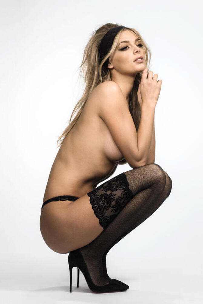 Дівчата / Жінки Nude photo session, The sexiest blonde in the world, Beautiful fashion models, Elite Erotica id757097111