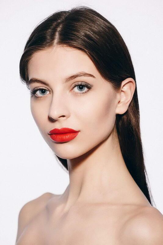 Дівчата / Жінки Fotomodelle, Belle ragazze, Ragazze sessuali, Ragazze fashion, Ragazze affascinanti id442979115